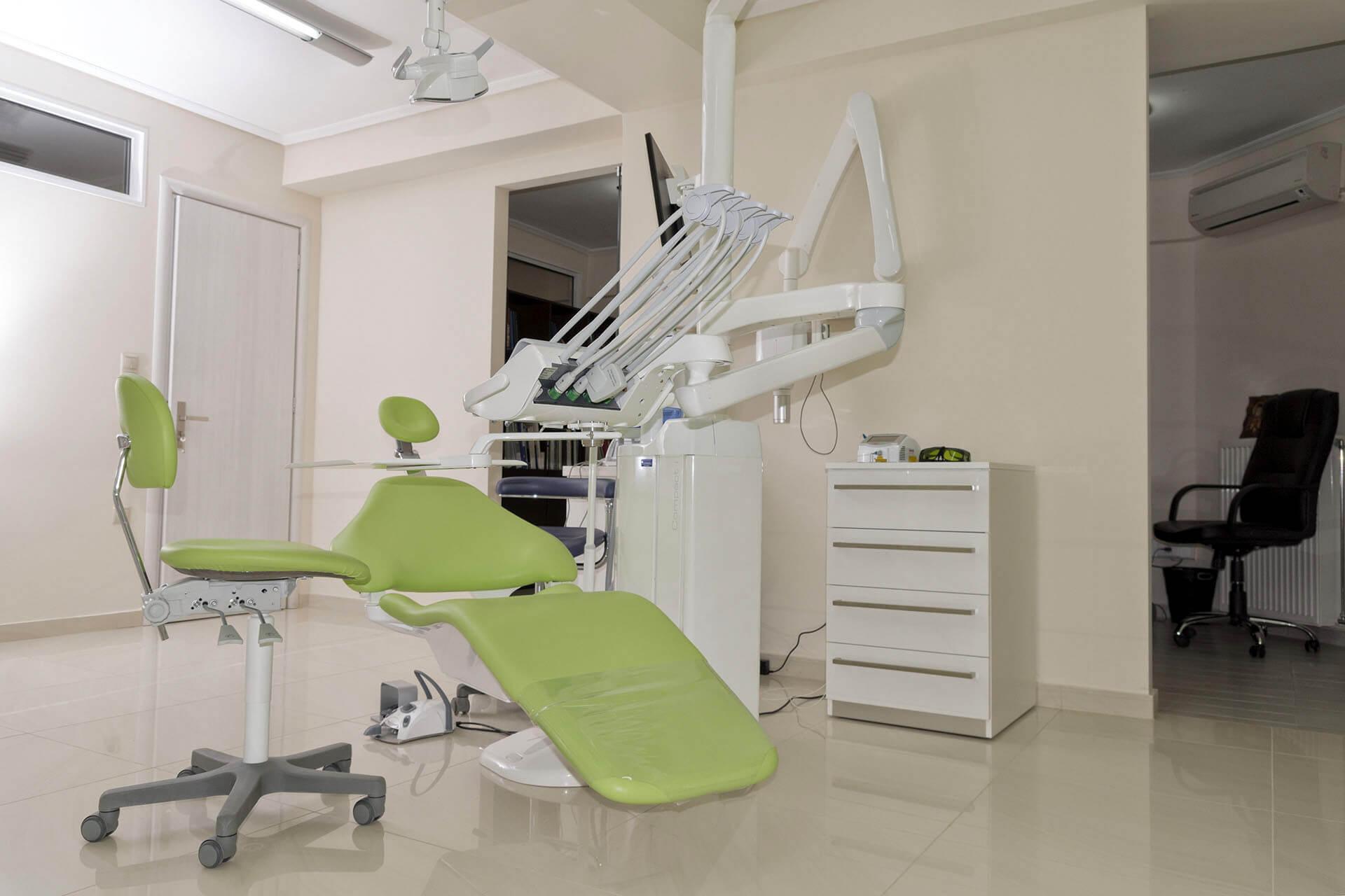 Ιατρείο με καρέκλα